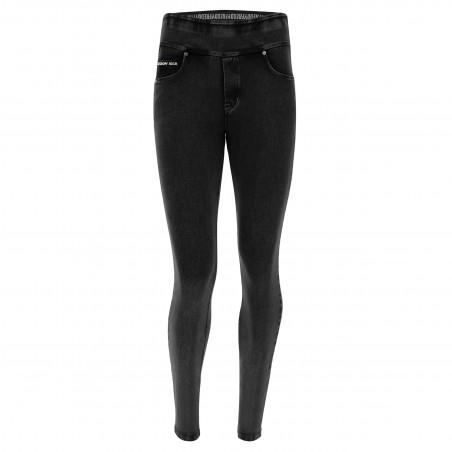 N.O.W® Pants - Mid Waist Skinny - Foldable Waist - J7N - Black Denim - Black Seam