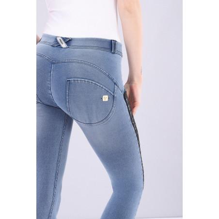 WR.UP® Regular Waist Skinny Denim Effect With Side Stripes 7/8 Ankle - J4N - Lyseblå Denim - Svartsøm