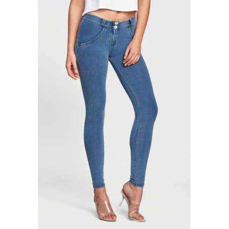 WR.UP® Regular Waist Super Skinny Denim effect - J4Y - Lyseblå Denim - Gulsøm